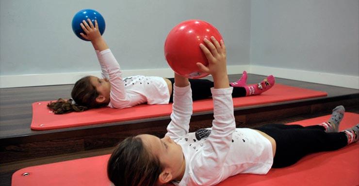 Beneficios del pilates para niños